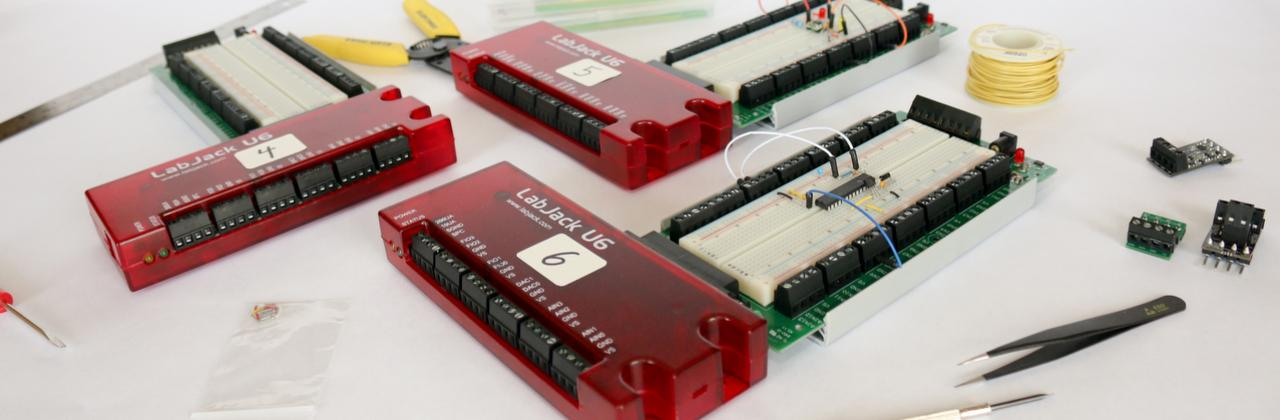U6 USB Data Acquisition (DAQ) and Control Devie with EB37 bread board accessory for educational applications